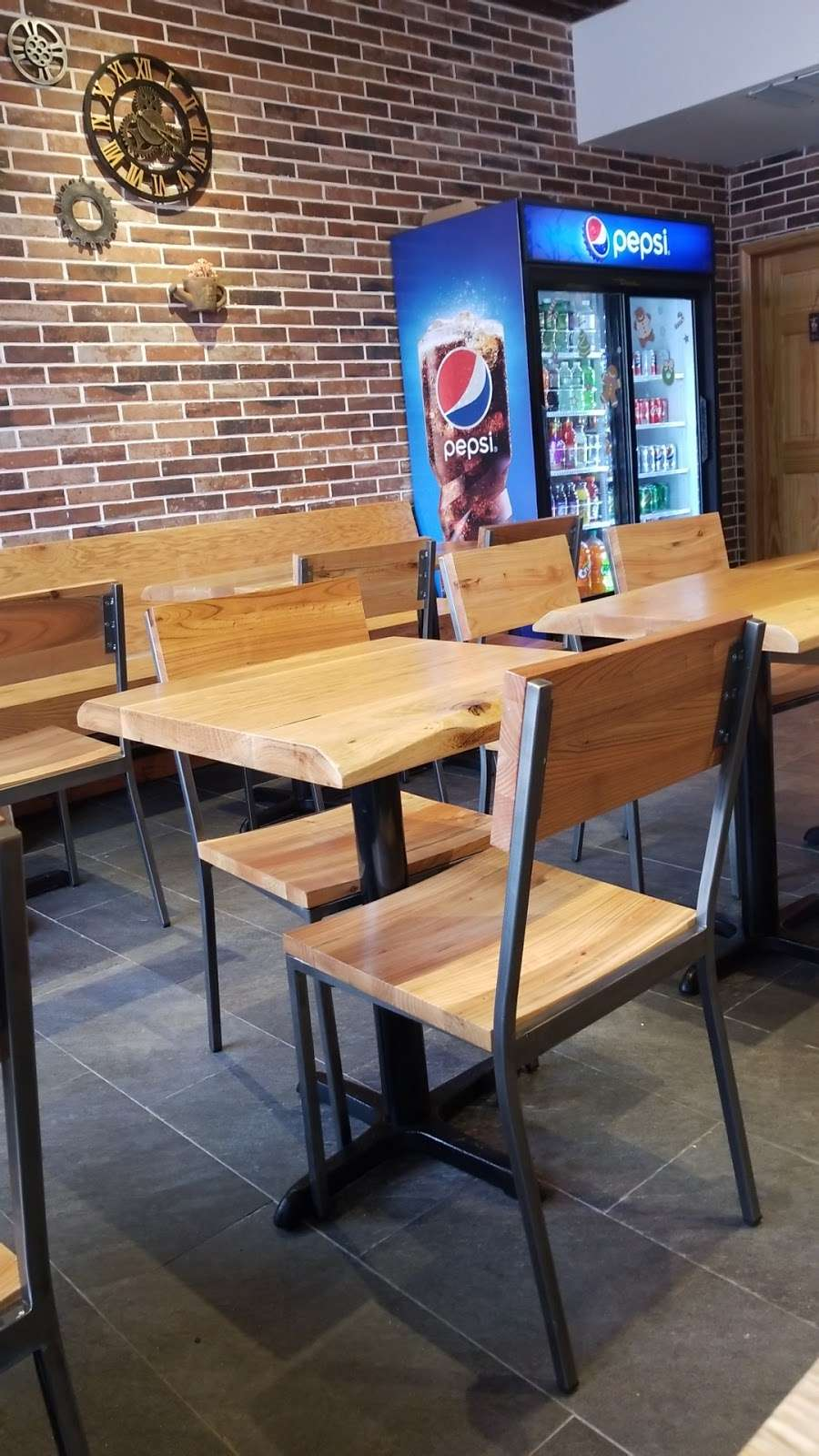 Food King Express - meal takeaway    Photo 4 of 10   Address: 658 Motor Pkwy, Brentwood, NY 11717, USA   Phone: (631) 435-3297