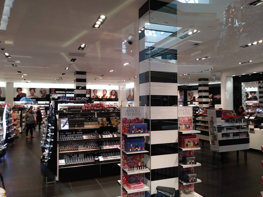 SEPHORA - clothing store  | Photo 2 of 10 | Address: 3333 Bear St Suite# 213, Costa Mesa, CA 92626, USA | Phone: (714) 435-1001