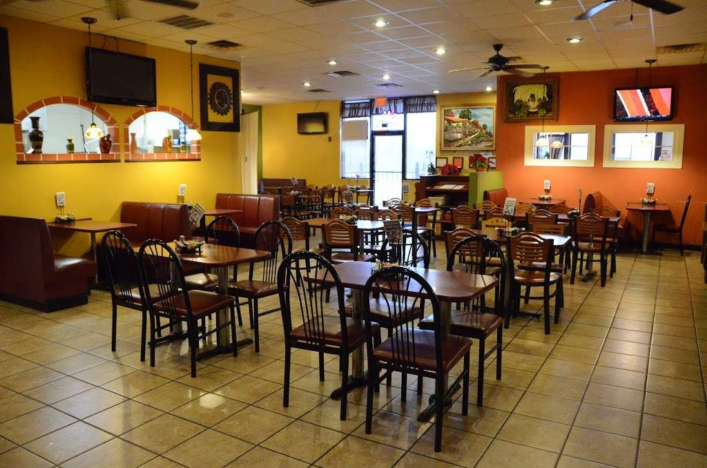 Casa Grande Mexican Grill & Bar - restaurant    Photo 1 of 10   Address: 6732 Amy Way Dr, Gas City, IN 46933, USA   Phone: (765) 998-1888
