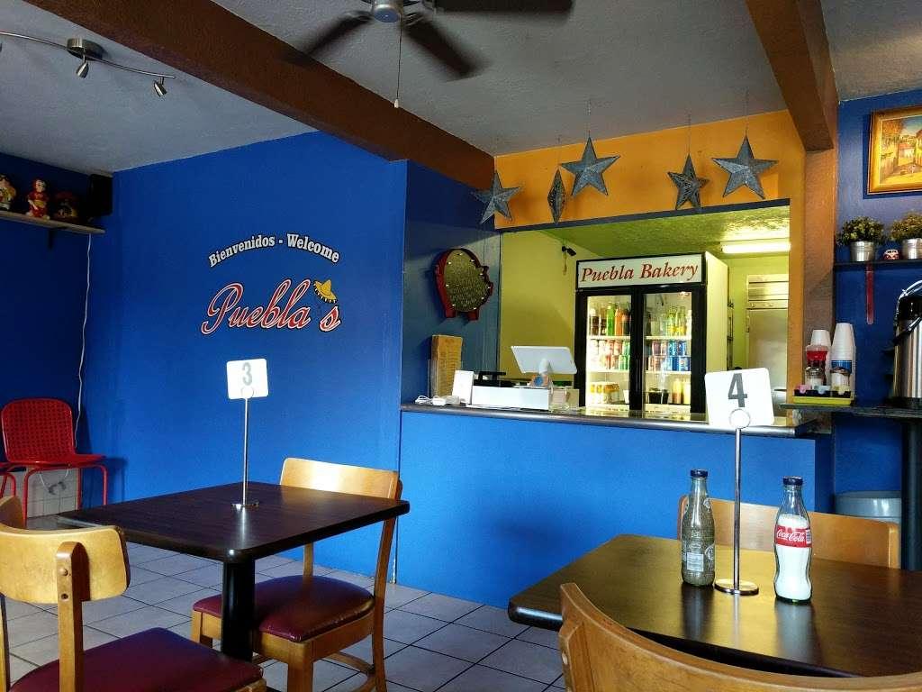 Pueblas Mexican Kitchen - restaurant  | Photo 6 of 10 | Address: 6320 N Main St, Houston, TX 77009, USA | Phone: (713) 426-9062