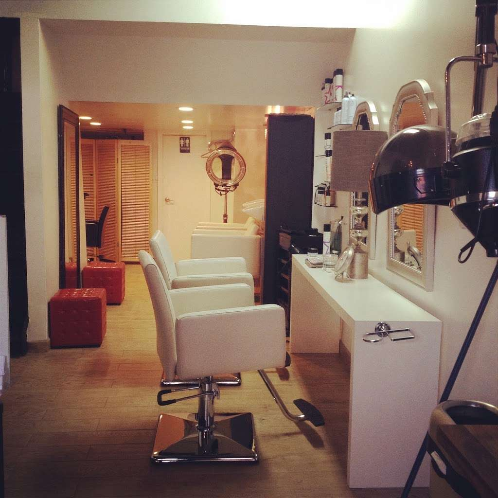 Inwood Hair Studio - hair care  | Photo 1 of 2 | Address: 11 Henshaw St, New York, NY 10034, USA | Phone: (646) 707-3657