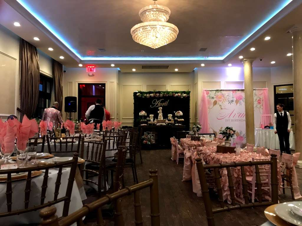 F&J Pine - restaurant  | Photo 9 of 10 | Address: 1913 Bronxdale Ave, Bronx, NY 10462, USA | Phone: (718) 792-5956