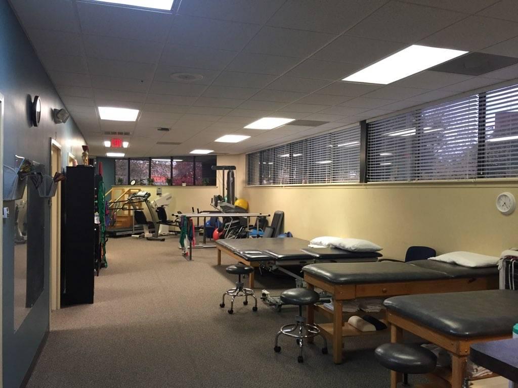 Pivot Physical Therapy - health  | Photo 6 of 6 | Address: 4020 Raintree Rd ste d, Chesapeake, VA 23321, USA | Phone: (757) 484-4241