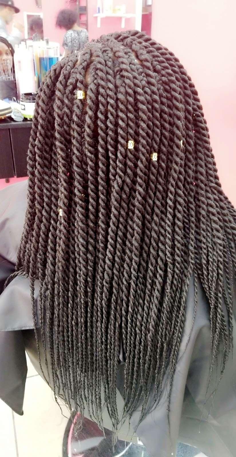 Mama African Hair Braiding - hair care  | Photo 1 of 10 | Address: 162 Rockaway Ave, Brooklyn, NY 11233, USA | Phone: (718) 635-1543