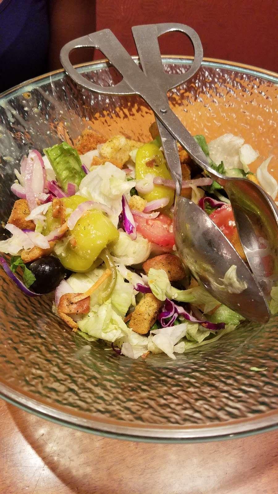 Olive Garden Italian Restaurant - meal takeaway  | Photo 10 of 10 | Address: 505 Gateway Dr, Brooklyn, NY 11239, USA | Phone: (718) 348-1071