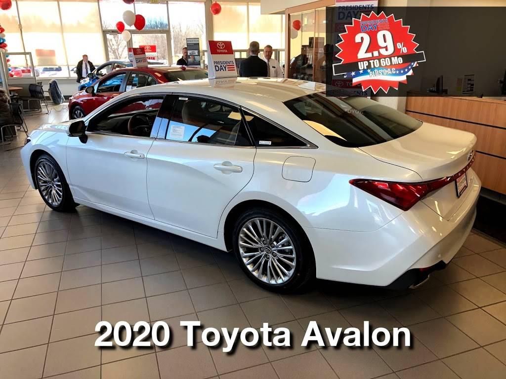Maplewood Toyota - car dealer  | Photo 2 of 9 | Address: 2873 Maplewood Dr, Maplewood, MN 55109, USA | Phone: (651) 482-1322