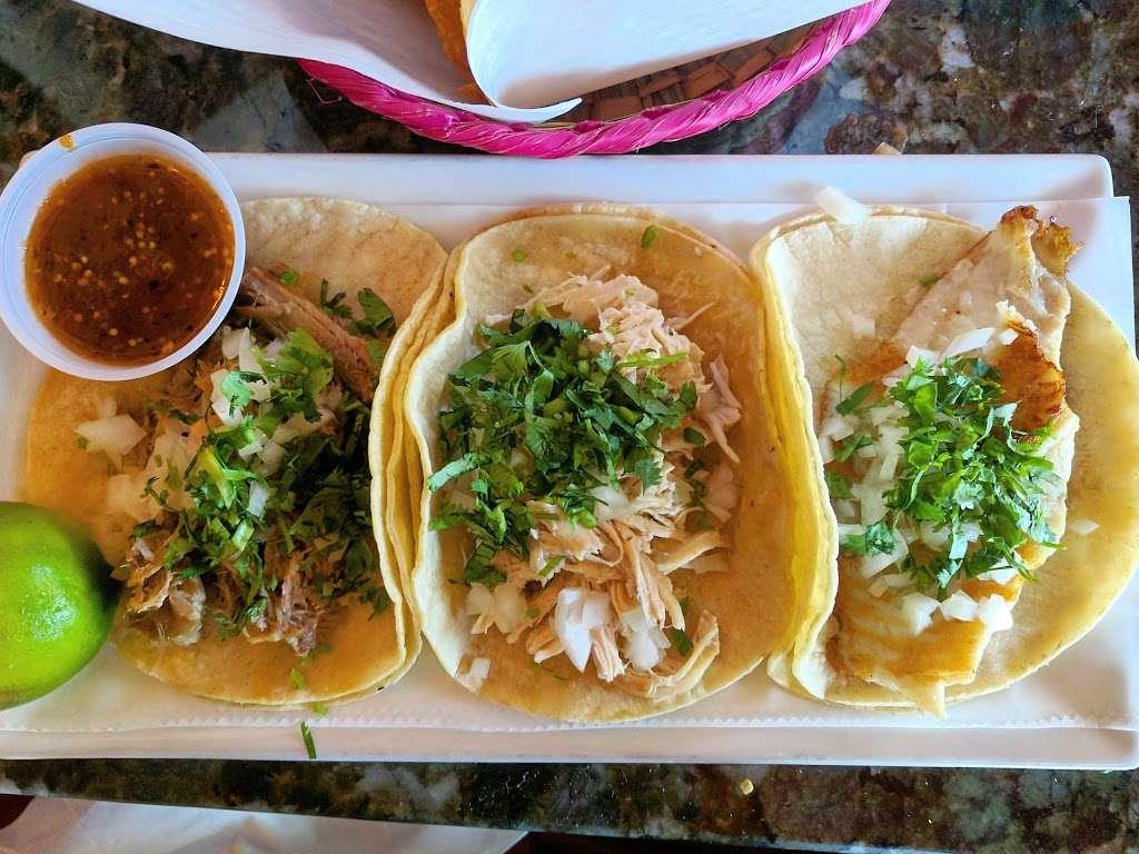 Mexico City Taqueria - restaurant  | Photo 10 of 10 | Address: 1 W Union St, Ashland, MA 01721, USA | Phone: (508) 881-3500