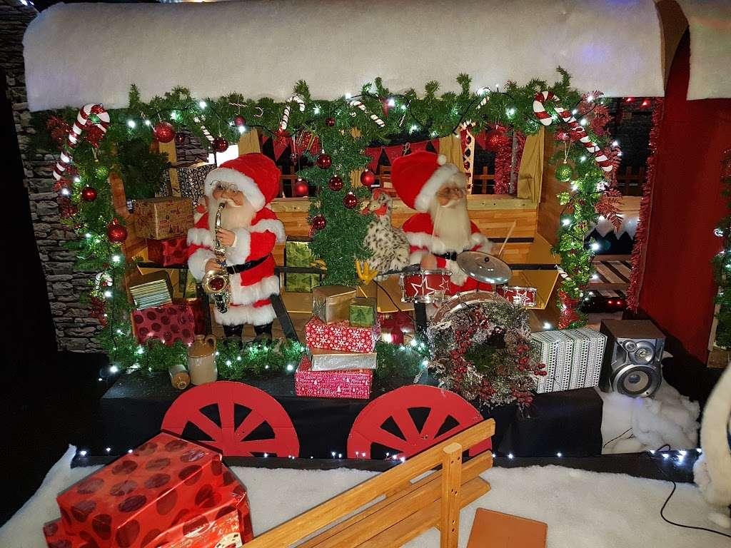 Tyndalls - store  | Photo 2 of 10 | Address: Sedge Green, Nazeing, Waltham Abbey EN9 2PA, UK | Phone: 01279 792321