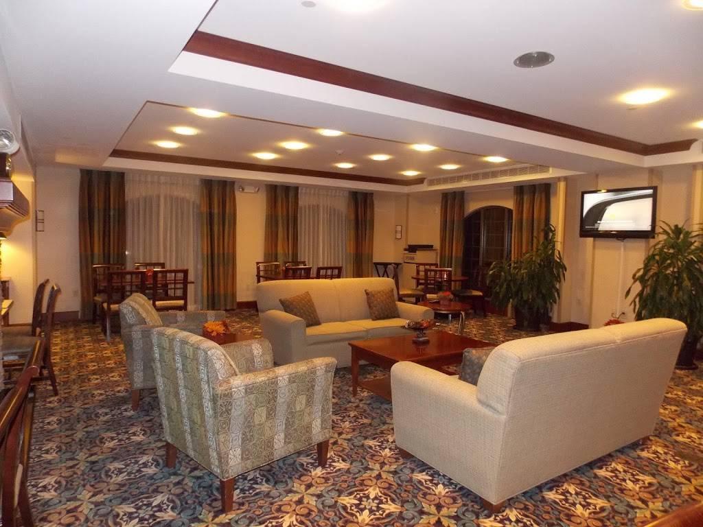 Staybridge Suites Baton Rouge-Univ at Southgate - lodging  | Photo 7 of 10 | Address: 4001 Nicholson Dr, Baton Rouge, LA 70808, USA | Phone: (225) 456-5430