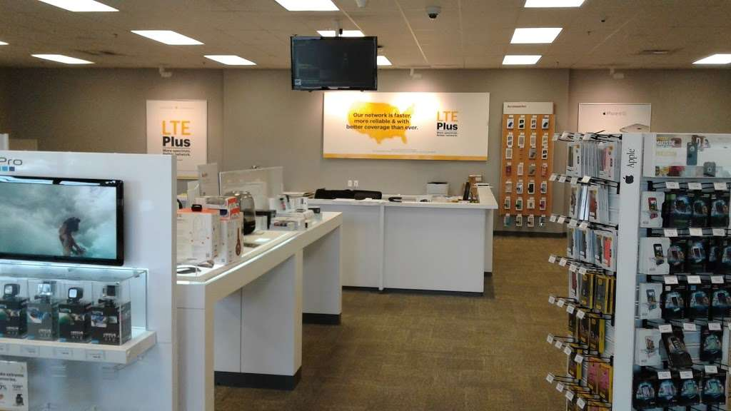 Sprint Store - electronics store  | Photo 2 of 10 | Address: 27650 Eucalyptus Ave, Moreno Valley, CA 92555, USA | Phone: (951) 247-4262