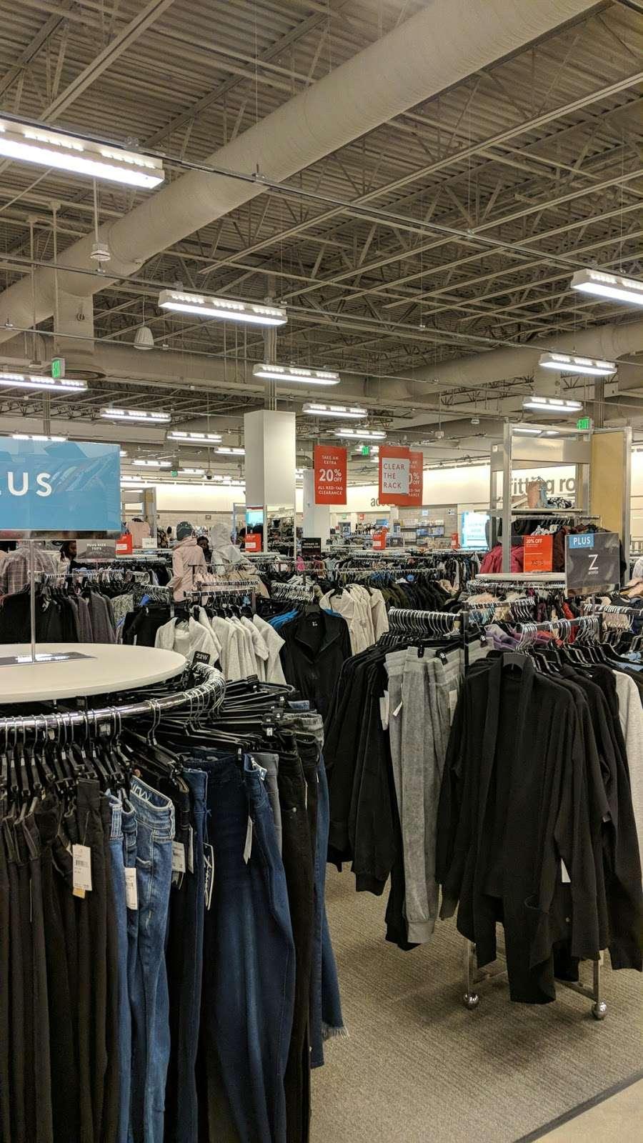 Nordstrom Rack Schererville - clothing store  | Photo 5 of 10 | Address: 185 US-41, Schererville, IN 46375, USA | Phone: (219) 227-3960
