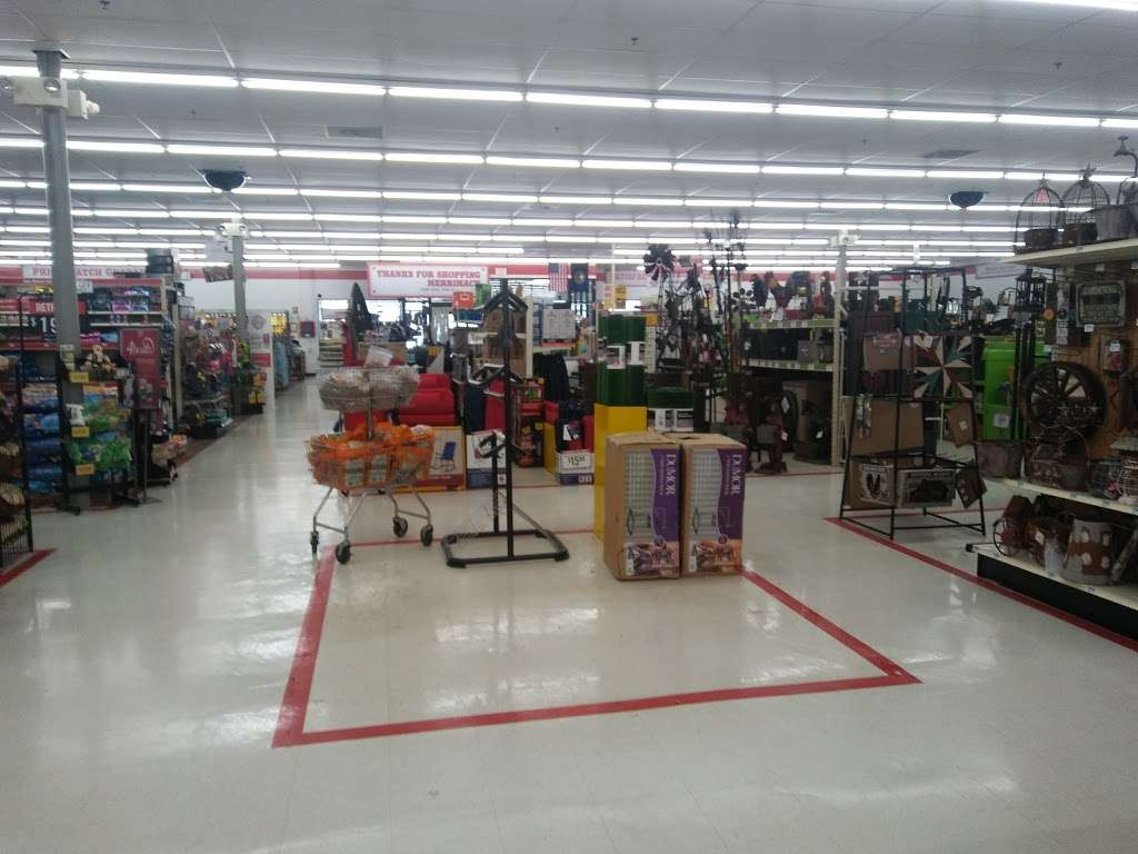 Tractor Supply Co. - hardware store  | Photo 9 of 10 | Address: 515 Daniel Webster Hwy Ste A, Merrimack, NH 03054, USA | Phone: (603) 424-3300