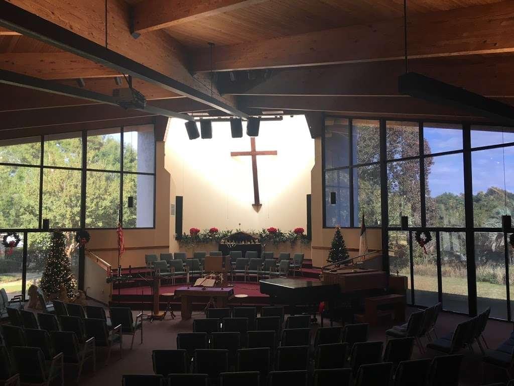 Rolling Hills Community Church - church  | Photo 6 of 10 | Address: 4407 W Orange Blossom Trail, Zellwood, FL 32798, USA | Phone: (407) 886-7664