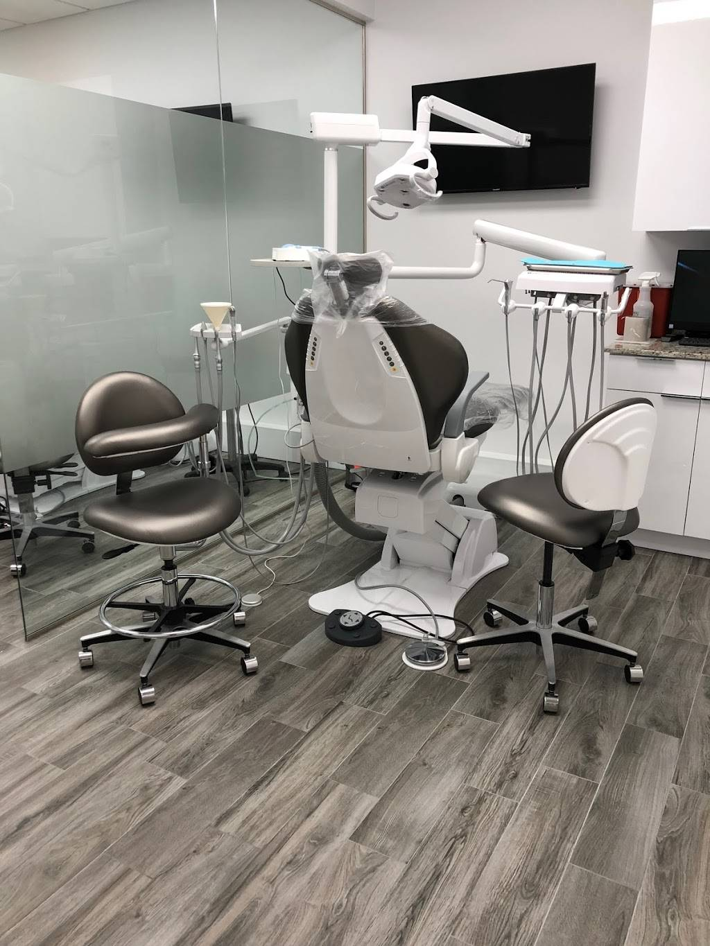 Unidental Center: Eunice Perez DDS - dentist  | Photo 8 of 10 | Address: 12622 SW 8th St, Miami, FL 33184, USA | Phone: (305) 456-8877