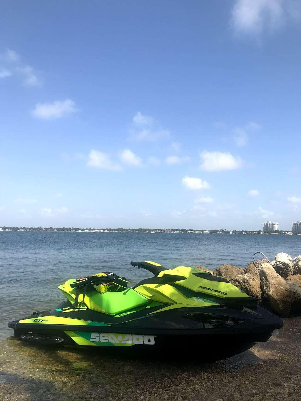 Edward K. Buckley Island - park  | Photo 5 of 10 | Address: Miami Beach, FL 33141, USA