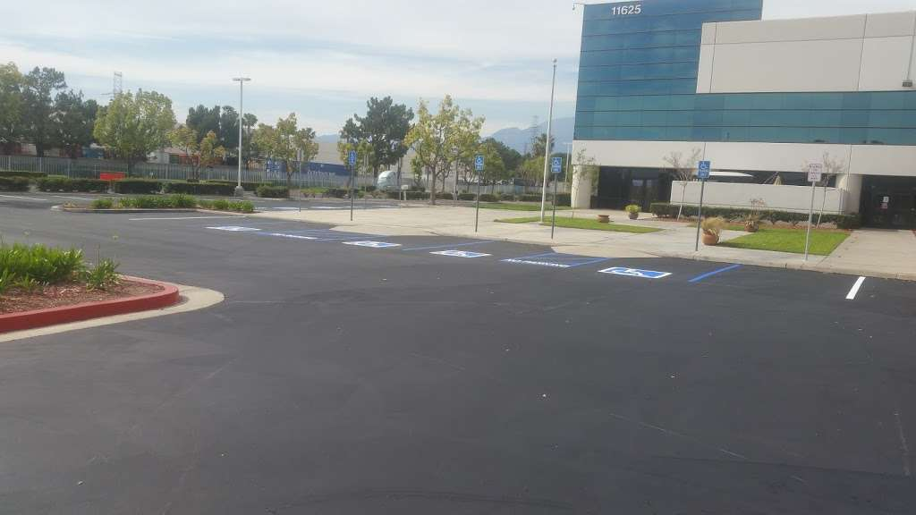 Home Depot Distribution Center - storage  | Photo 3 of 5 | Address: 11650 Venture Dr, Mira Loma, CA 91752, USA | Phone: (951) 361-1235