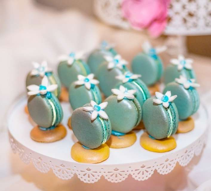 LeilaLove Macarons & French Patisserie - bakery    Photo 6 of 10   Address: 510 Higgins Rd, Park Ridge, IL 60068, USA