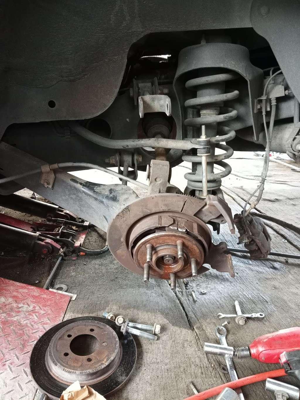 Arias Tire Shop & Auto Sales - car repair  | Photo 6 of 6 | Address: 10601 Airline Dr, Houston, TX 77037, USA | Phone: (832) 564-5554