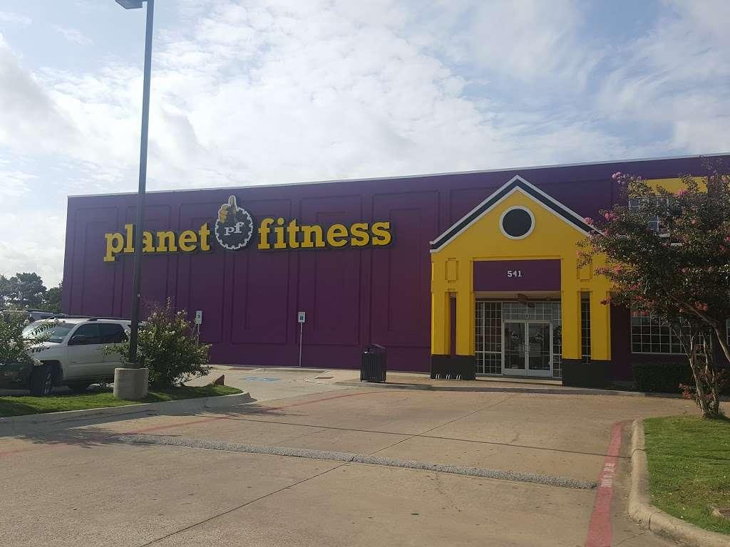 Planet Fitness 541 W Pioneer Pkwy Grand Prairie Tx 75051 Usa