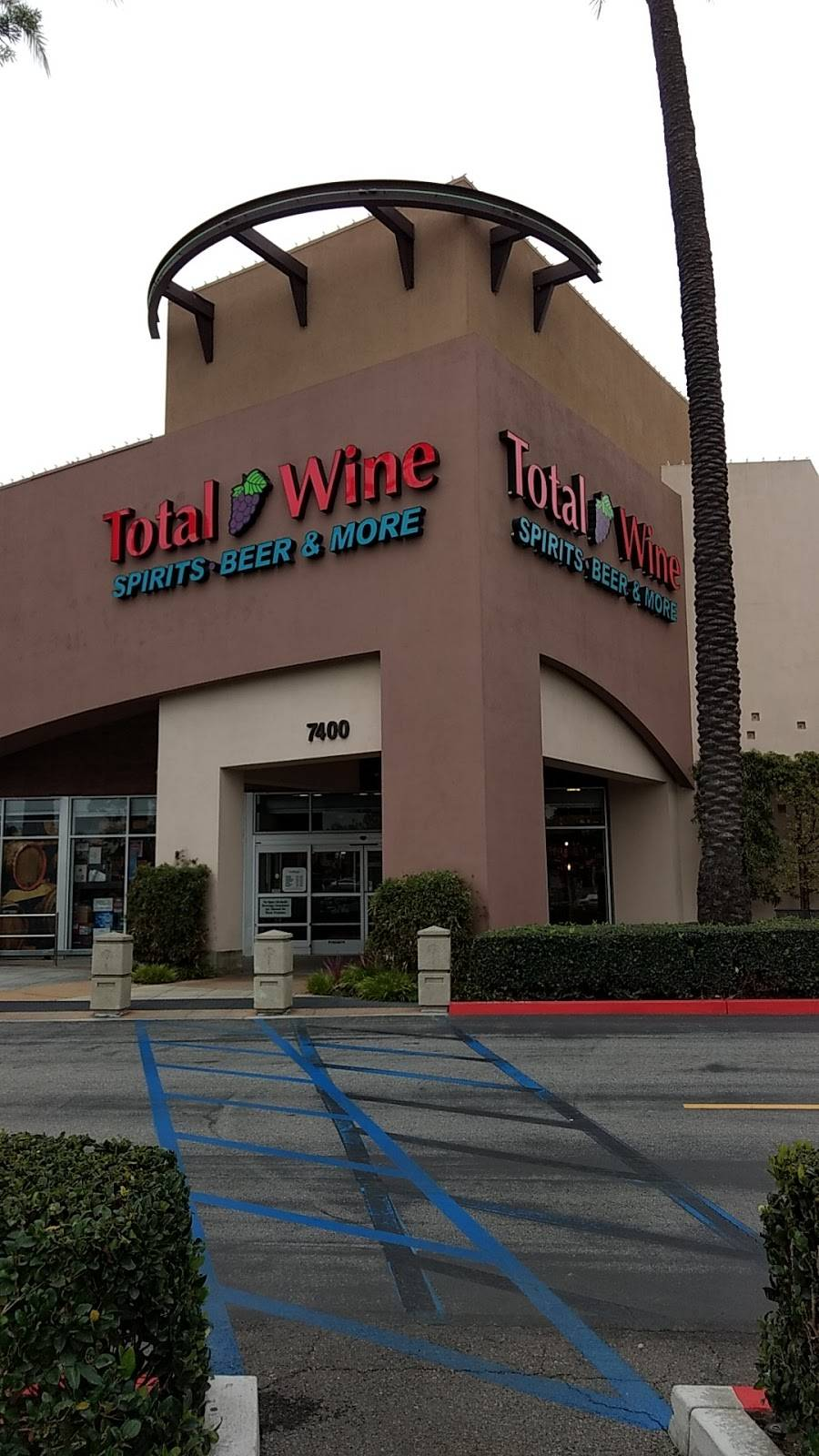 Total Wine & More - store  | Photo 1 of 9 | Address: Towne Center, 7400 Carson Blvd, Long Beach, CA 90808, USA | Phone: (562) 420-2018