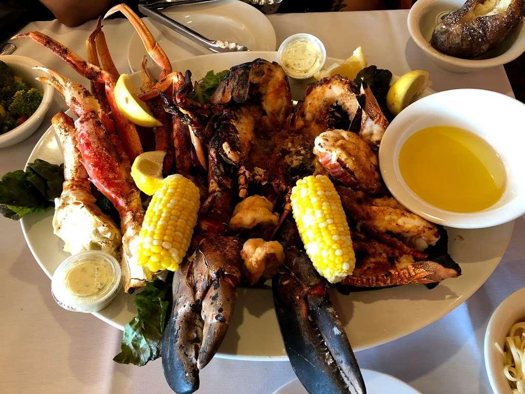 Sea Shore - restaurant    Photo 8 of 10   Address: 591 City Island Ave, Bronx, NY 10464, USA   Phone: (718) 885-0300
