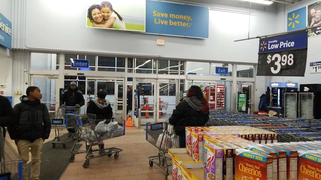 Walmart - supermarket  | Photo 3 of 10 | Address: 6210 Annapolis Rd, Landover Hills, MD 20784, USA | Phone: (301) 773-7848