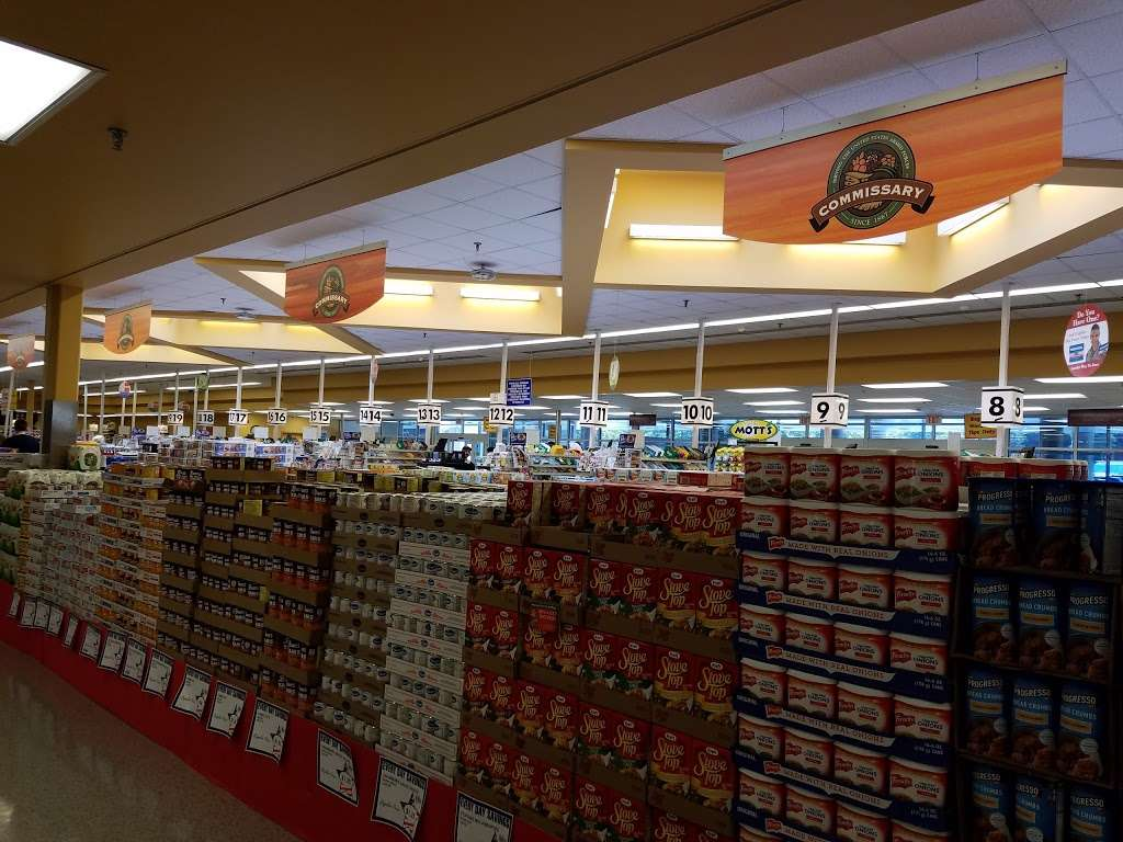 Ft Meade Commissary - store  | Photo 5 of 10 | Address: 2786 Mapes Rd, Fort Meade, MD 20755, USA | Phone: (301) 677-4316