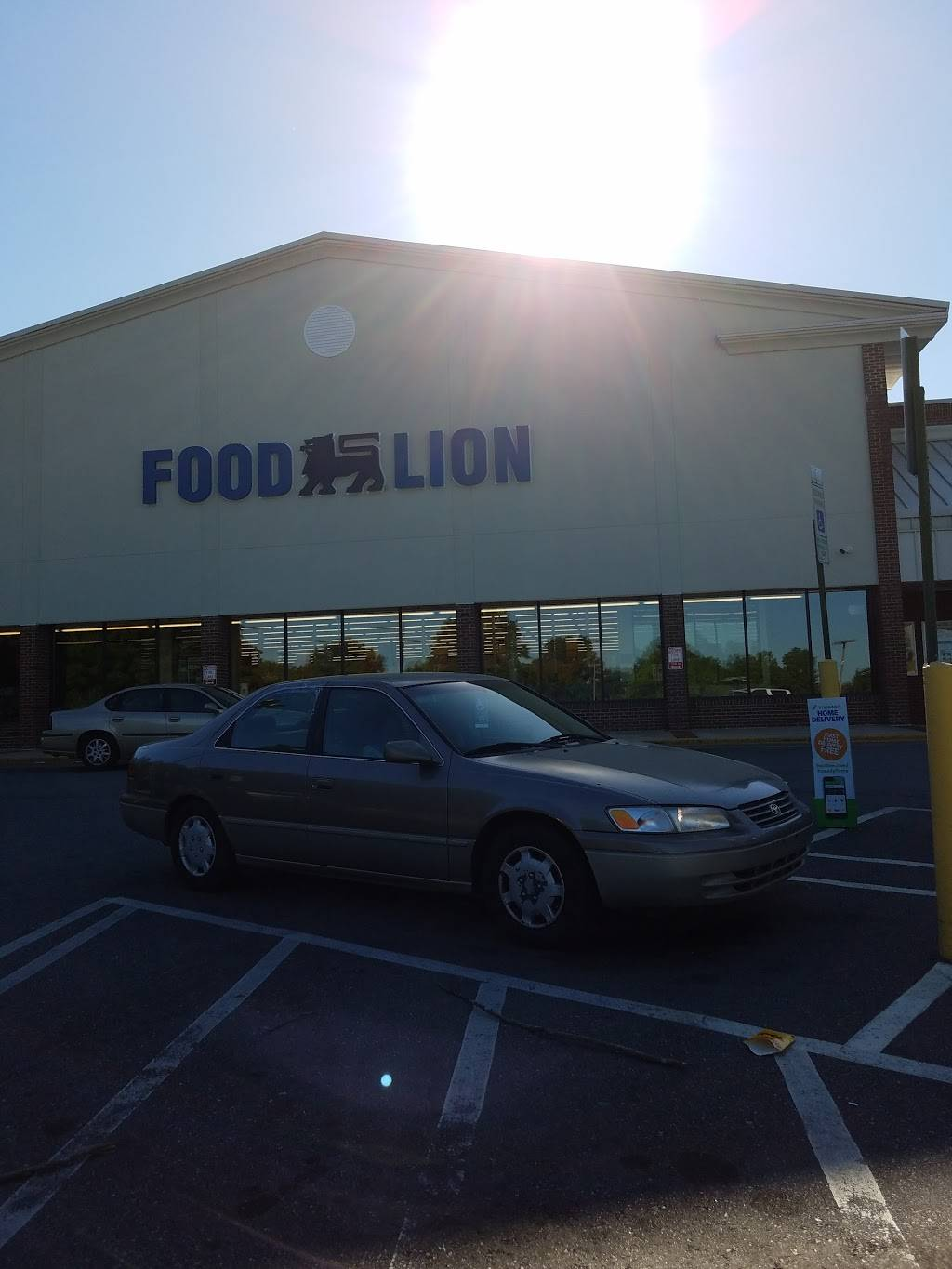 Food Lion - store    Photo 10 of 10   Address: 1601 Cross Link Rd #1, Raleigh, NC 27610, USA   Phone: (919) 807-1395