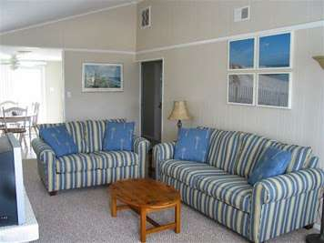Beach Haven Shore House Rental - real estate agency    Photo 4 of 4   Address: 2104 S Bay Ave, Beach Haven, NJ 08008, USA   Phone: (908) 303-3039
