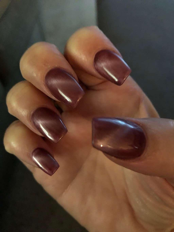 VIP Nails and Spa - spa    Photo 6 of 6   Address: 4713 E, FL-44, Wildwood, FL 34785, USA   Phone: (352) 661-3263