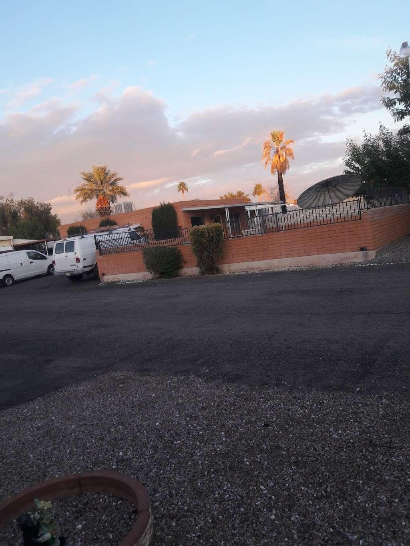Moon Valley Mobile Home Park - rv park  | Photo 4 of 5 | Address: 1304 E Bell Rd, Phoenix, AZ 85022, USA | Phone: (602) 992-8570