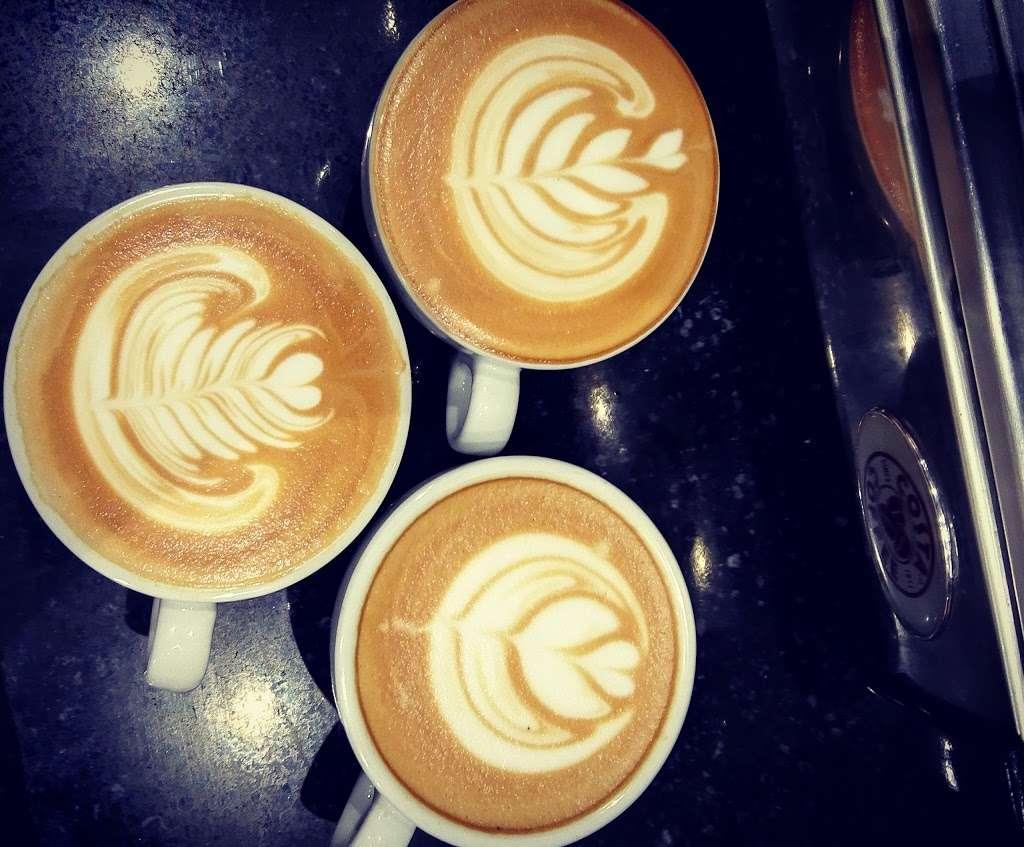 Costa Coffee - cafe    Photo 6 of 10   Address: 8 Warwick Parade, Kenton Ln, Harrow HA3 8SA, UK   Phone: 020 8907 7759