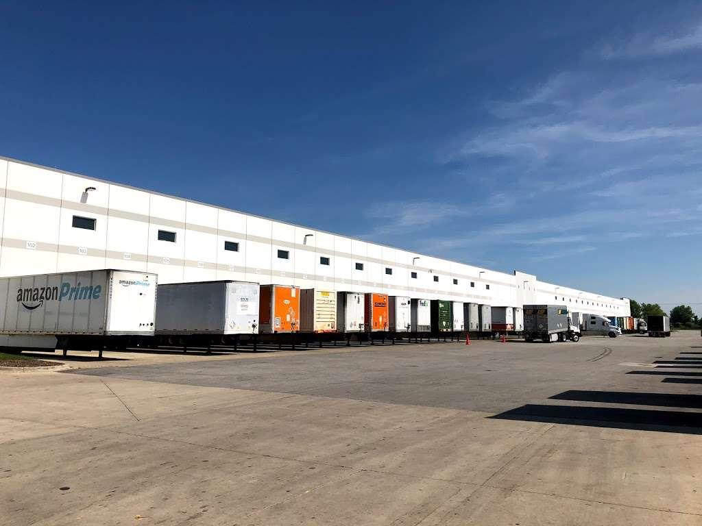 Amazon Cross-Dock Facility - MDW2 - storage    Photo 6 of 10   Address: 250 Emerald Dr, Joliet, IL 60433, USA   Phone: (866) 495-8567