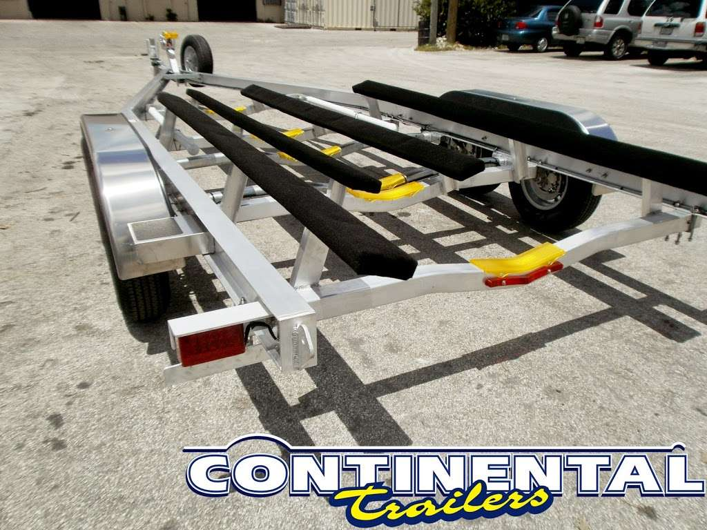 Continental Trailers - store    Photo 5 of 10   Address: 9200 NW 58th St, Doral, FL 33178, USA   Phone: (305) 594-1022