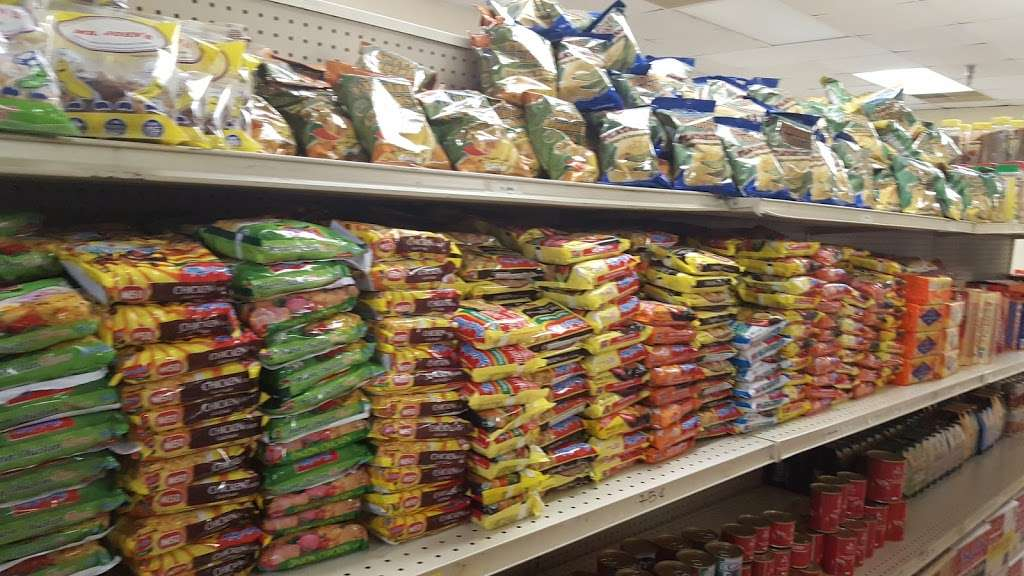 GMF Enterprises African Groceries - store  | Photo 5 of 10 | Address: 1712 N Frazier St Ste 106, Conroe, TX 77301, USA | Phone: (312) 622-4151