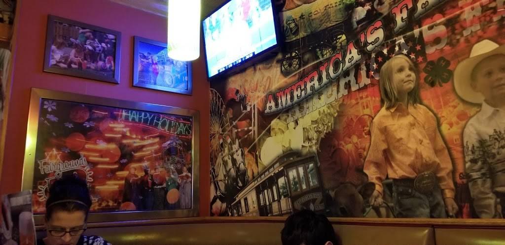 Applebees Grill + Bar - restaurant  | Photo 8 of 10 | Address: 4405 Milestrip Rd, Blasdell, NY 14219, USA | Phone: (716) 824-5550