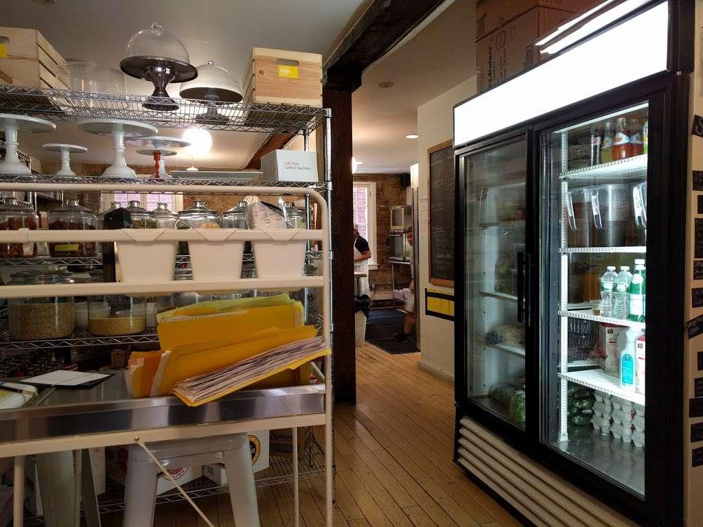Made Fresh Daily - cafe  | Photo 2 of 10 | Address: 226 Front St, New York, NY 10038, USA | Phone: (212) 285-2253