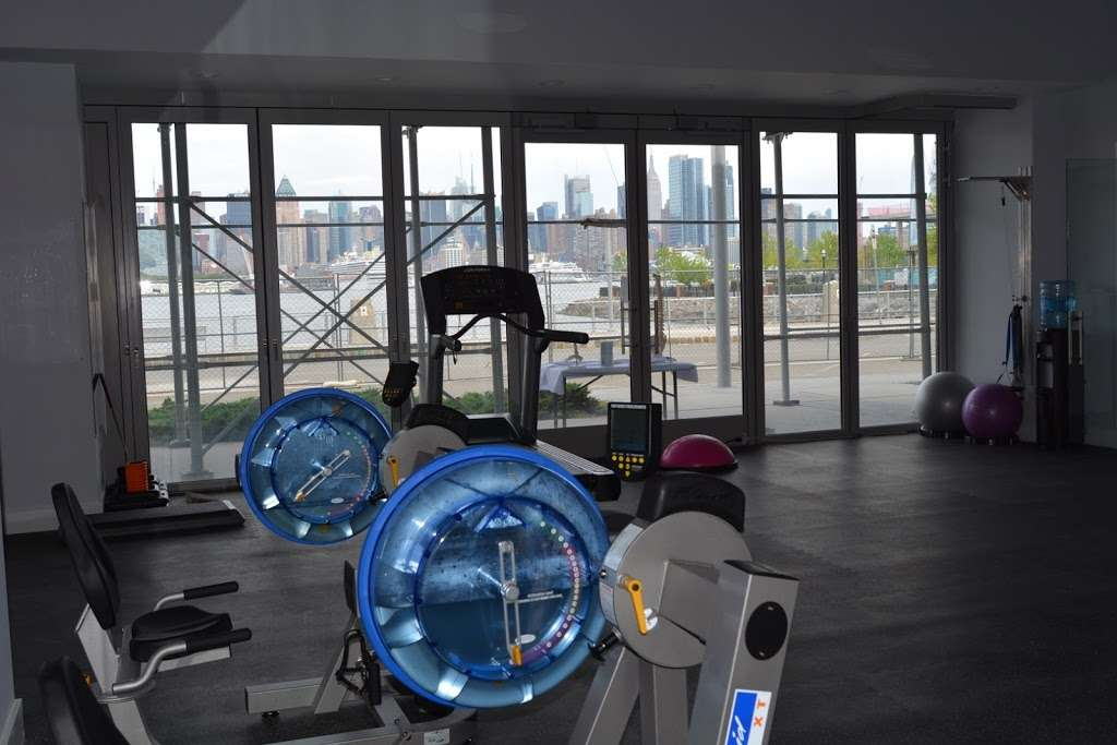Exchange Physical Therapy Group - physiotherapist  | Photo 3 of 10 | Address: 500 Ave at Port Imperial, Weehawken, NJ 07086, USA | Phone: (201) 272-9400