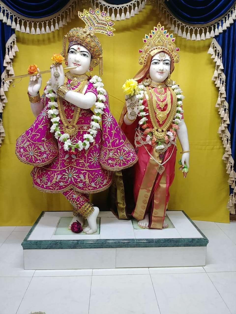 Shree Swami Narayan Temple - hindu temple  | Photo 8 of 8 | Address: 12147 Lakewood Blvd, Downey, CA 90242, USA | Phone: (562) 622-0554