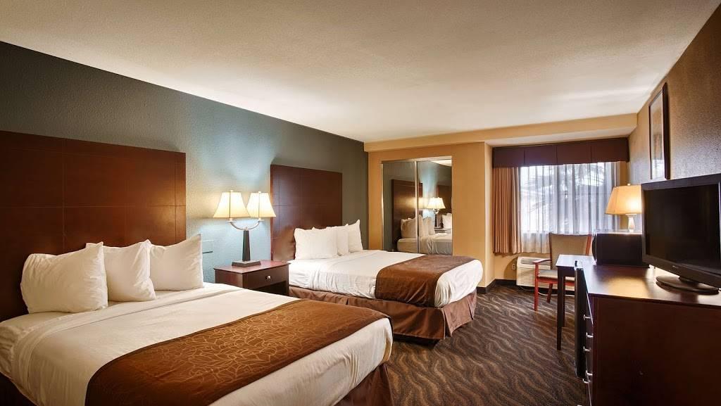 Best Western Magnolia Manor - lodging  | Photo 2 of 10 | Address: 234 N Lobdell Hwy, Port Allen, LA 70767, USA | Phone: (225) 344-3638
