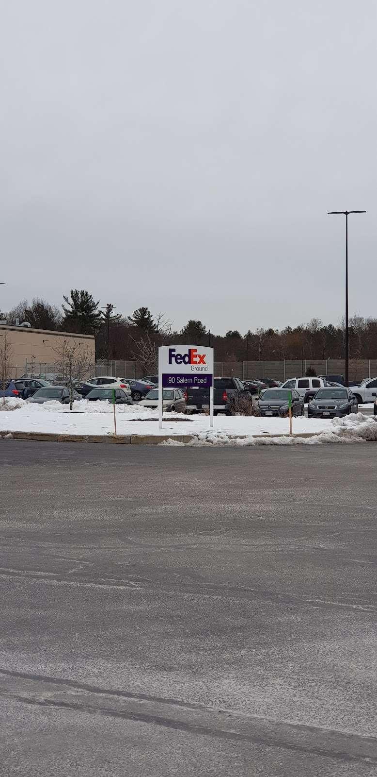FedEx Ground - moving company    Photo 2 of 9   Address: 90 Salem Rd #1, North Billerica, MA 01862, USA   Phone: (800) 463-3339