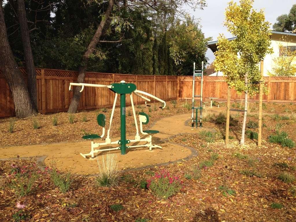 Del Medio Park - park  | Photo 6 of 10 | Address: 380 Del Medio Ave, Mountain View, CA 94040, USA | Phone: (650) 903-6326