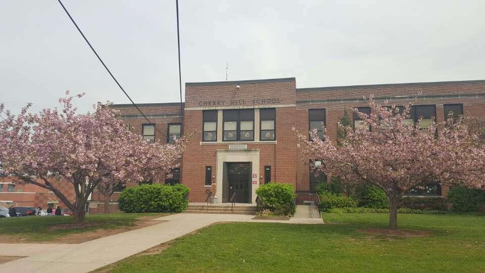 Cherry Hill Elementary School - school  | Photo 1 of 2 | Address: 410 Bogert Rd, River Edge, NJ 07661, USA | Phone: (201) 261-3405