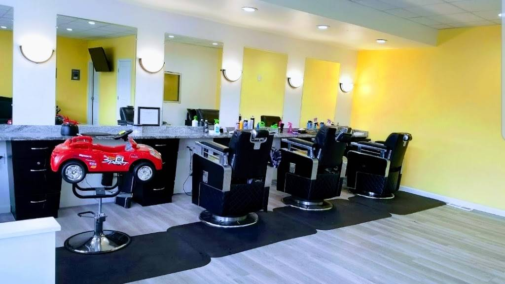 Zs Barbershop - hair care  | Photo 1 of 6 | Address: 8031 McGraw Ave, Detroit, MI 48210, USA | Phone: (313) 205-3222
