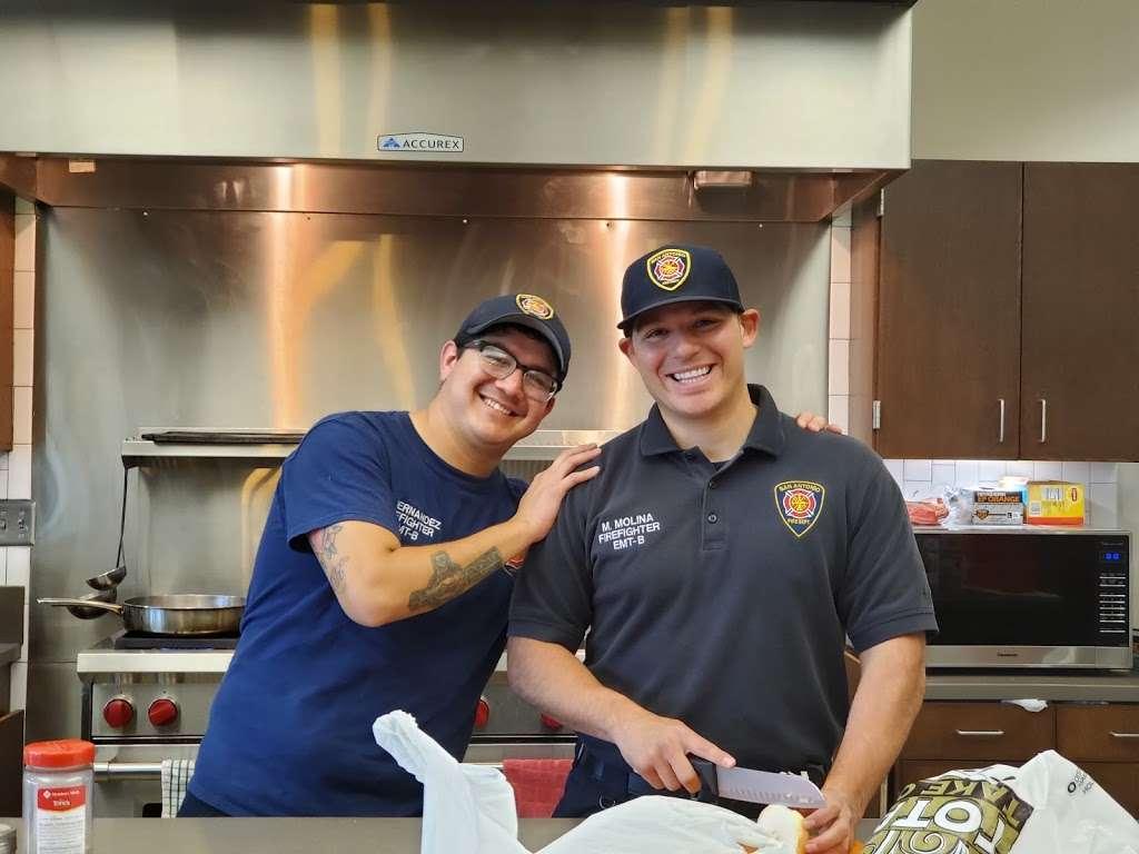 San Antonio Fire Department Station #2 - fire station  | Photo 6 of 8 | Address: 1058 W Villaret Blvd, San Antonio, TX 78224, USA | Phone: (210) 206-2202