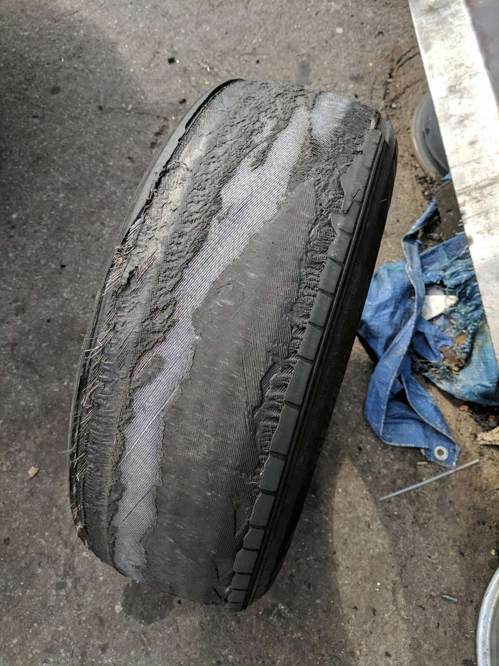 Close Avenue Tire Shop - car repair  | Photo 1 of 2 | Address: 1170 Bronx River Ave, Bronx, NY 10472, USA