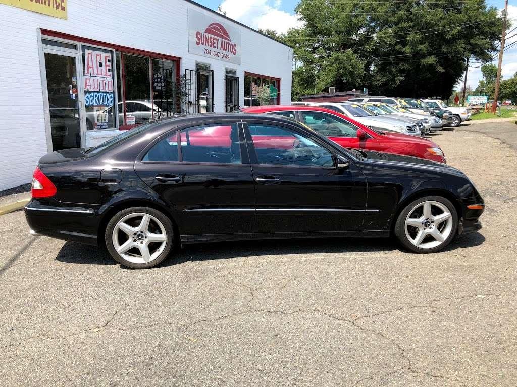 Sunset Auto - car dealer  | Photo 4 of 10 | Address: 6623 Old Statesville Rd, Charlotte, NC 28269, USA | Phone: (704) 597-0149