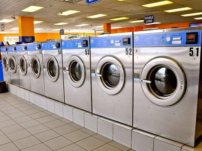 Clean Rite Center 24 HOURS - laundry    Photo 3 of 10   Address: 1332 Flatbush Ave, Brooklyn, NY 11210, USA   Phone: (718) 434-4627