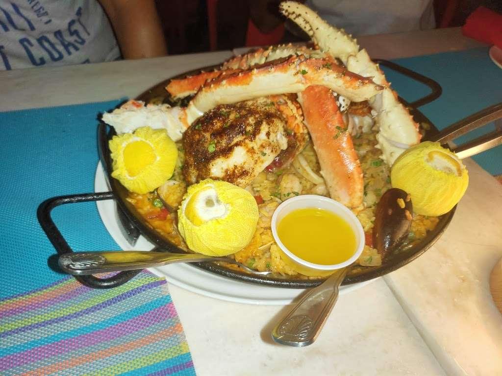 Boulevard Hotel /Rest - lodging    Photo 7 of 10   Address: 740 Ocean Dr, Miami Beach, FL 33139, USA   Phone: (305) 532-0376