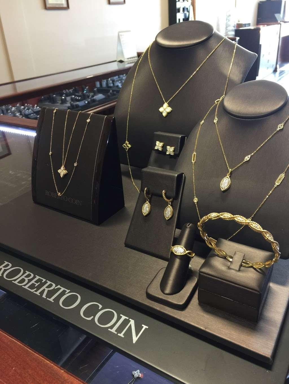 Genna Jewelers - jewelry store    Photo 4 of 10   Address: 2304 Remi Dr #103, Melbourne, FL 32940, USA   Phone: (321) 215-2222